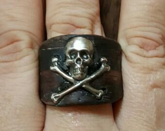 Wood veneer skull & crossbones ring