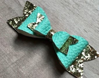 Mint Hair Bow Mint Hair Clip Gold Glitter Bow  Glitter Bow Gold Glitter Bow Back to school Bows Mint and Gold First Birthday Birthday Bow
