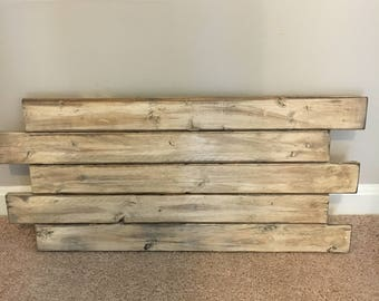 "Antique Style Distressed Wood Sign / Rustic Blank Pallet Sign / 25"" x 17.5"""