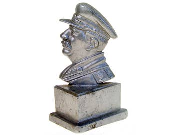 Vintage USSR The Bust of Joseph Stalin, the Leader of Soviet Proletariat, Collection Figurines