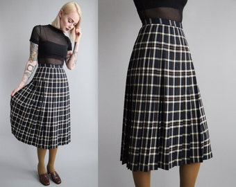 "SALE - Vtg 70s PENDLETON Wool Plaid Pleated Midi Skirt 25"" Waist sz XS"