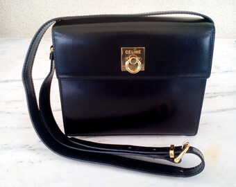 CELINE box bag vintage 1980's. Black Leather Handbag, EXCELLENT condition, black leather CELINE shoulder bag
