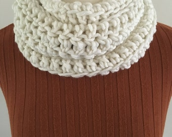 Cream crochet neck warmer/scarf