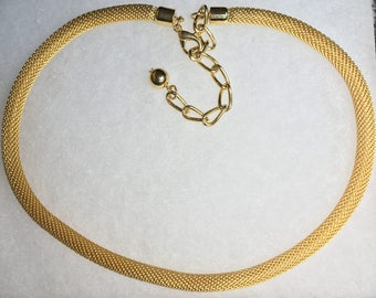 Gold Mesh Chain Necklace