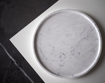 """Round marble tray made of one piece of white Bianco Carrara stone, hand polished, 23cm(9"""") diameter, minimalistic, for good design lovers"""