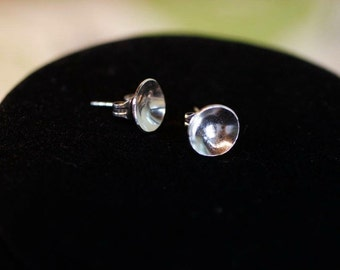Small silver disk earrings