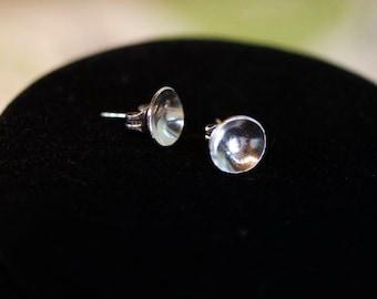 Small silver disk earrings
