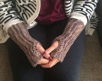 SALE! ANIMAL FRIENDLY Fingerless Gloves in niebla