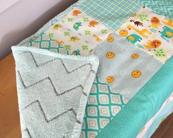 Quilt for baby animals blue/yellow