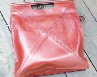 Bordeaux leather tot bag
