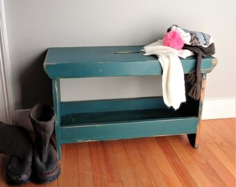 Distressed farmhouse bench