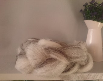British Wool Roving - Black White Jacobs wool 50g - wool batt - hand prepared un dyed Natural wool - no chemicals - locally sourced fleece