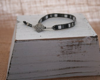 Single Wrap Ladder Bracelet with Tila and Ant Silver Beads and Ant Silver Button Closure