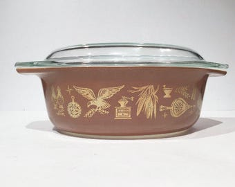 Pyrex Early American Casserole with Lid, Brown Pyrex 043 Casserole