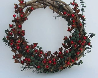 Beechnut Berry Wreath