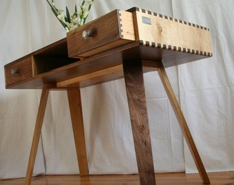 "Desk ""Martha II"" from oak and Walnut"