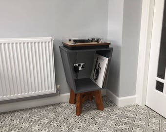 Record Player/Turntable/Side Table
