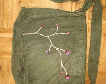 Suede tote bag whit flower application