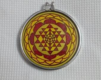 Handmade 92.5 Sterling Silver Hindu Goddess Dhun Laxmi Maa Shree Yantra Photo Print Pendant Size 4.1 Cm.