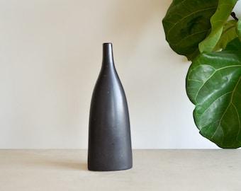 Minimal Black Ceramic Vase