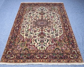 6.8' x 10.5' Beautiful, oriental Persian Hand-knotted Kashan, floral motif, green, red, pink, yellow, brown, black, area rug, carpet