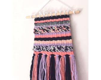 Mini weave wallhanging