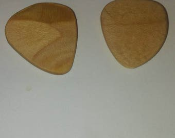 Guitar Pick (recycled skateboard(