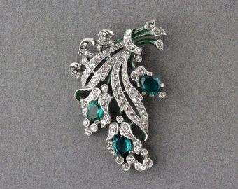 Vintage Trifari Green Crystal And Rhinestone Floral Bouquet Fur Clip Designed By Alfred Philippe