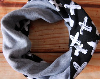 Infinity scarf reversible 6-36 months