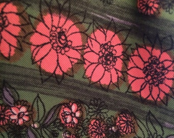 Vintage 1950's Print Pink and Green Floral Print Dress - Size 12 - Full pleated skirt - Perfect for Autumn! Very Mad Men Betty Draper!