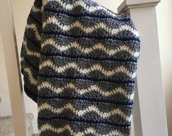 Blue and gray wavy baby afghan
