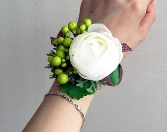 Bridesmaid Wrist Corsage, Wedding Flowers, Wedding Corsage, White Corsage, Prom Corsage