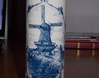 Delft Gin bottle, with wind mill design. dutch made.