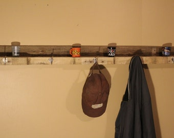 Pallet wood coat hanger