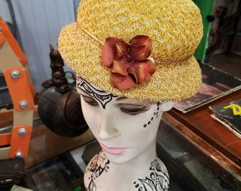 Vintage Hat from 1950s - Vintage Style - Mid Century - Flapper Style - Vintage Pillbox Hat - Womans Vintage Hat - Gift for Her