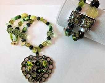 Green Necklace and Bracelet Set, Green Glass Jewelry, Painted Beads, Green Flower and Hear Pendant