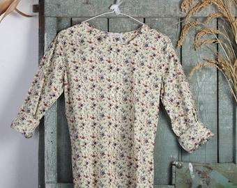 Round neckline Shirt