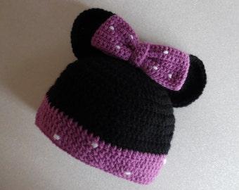 Mini bonnet made crochet for little girl of 3 to 6 months