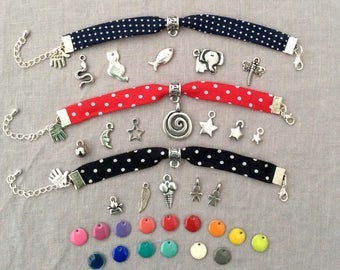Fabric bracelet with charm and enameled sequin stars or dots