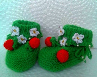 Green baby booties Knitted baby booties  Baby girl booties   Baby shower  gift Hand knit booties