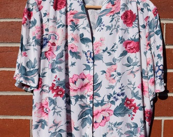 Pretty Floral Vintage Blouse with Pink and Green Flowers