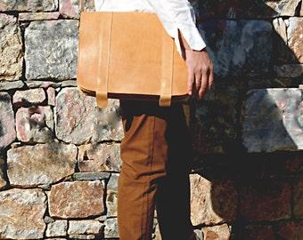 leather messenger bag/ mens crossbody leather satchel/ mens bag/ flapover messenger/ minimalist messenger/ natural color bag/ code 110