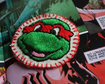 Hand Embroidered Ninja Turtle Patch. TMNT Sew on Patch. Retro Cartoons 90s Cartoons Retro patch Teenage Mutant Ninja Turtles Hand Embroidery