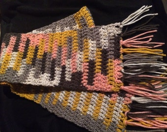 Womans/ young ladies scarf