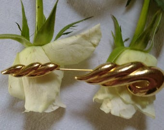 Vintage Napier Gold Tone Long Brooch/Pin
