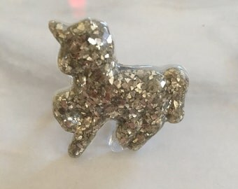 Sparkly unicorn ring with adjustable band