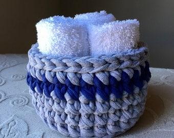 Crochet Tarn T-shirt Yarn Bowl Basket Upcycled Grey Navy