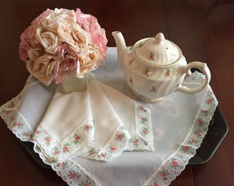 "4 Vintage White Shabby Chic Cotton Table Napkins, With Roses and Eyelet Trim , 17"" x 17"""