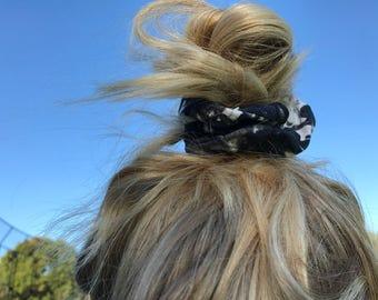 Black & Grey Scrunchie