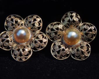 pin duo vintage filigree faux pearls
